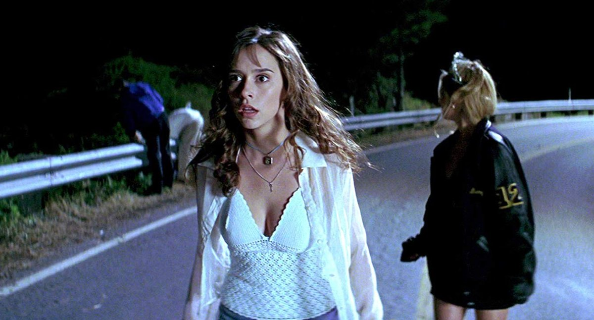 I feel like this weekend is the perfect one to rewatch some classic 90s slasher films