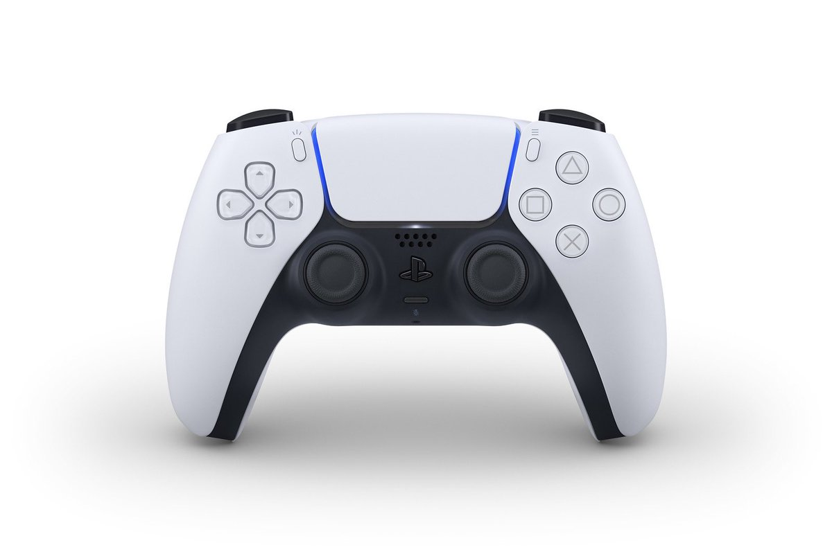 anyone else think it looks like the controller is wearing a little black...