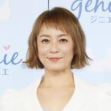 test ツイッターメディア - 鈴木砂羽さんと佐藤仁美さんの区別がつかなくて困っている。テレビで別々にみると全くわからないけど、並べるとわかるかと思って並べてみたが、よくわからない。 https://t.co/ju37nDNOSU