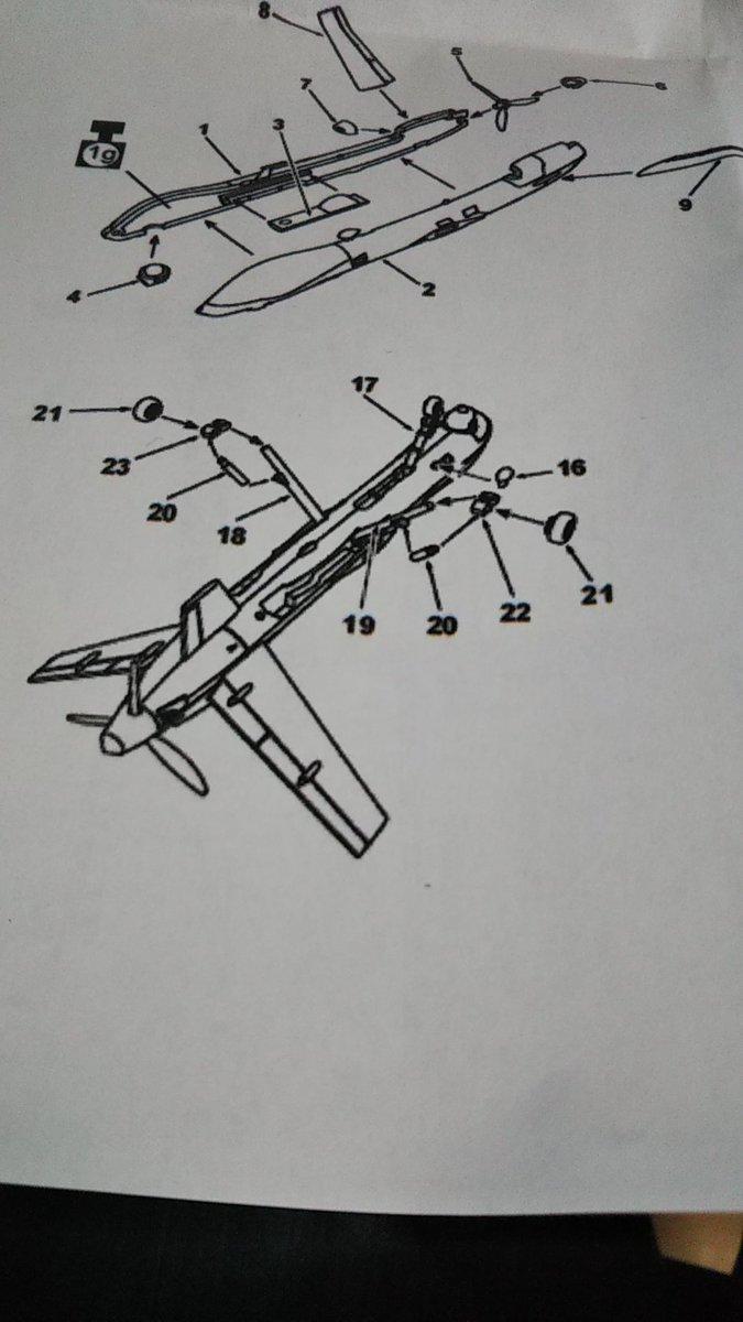 test ツイッターメディア - #144スケモ リーパー進捗〜。後ろ脚ひとつ作るのに4パーツ。しかも合いが悪く接着面も狭い。地獄だわ〜(笑) かなりの牛歩ですが、1人無人機祭り、進めてます。 オマケで可愛いトーマスと仲良しなメジェド様を載せておきます。 (`・ω・´)キリッ https://t.co/HS3sJNYLBY