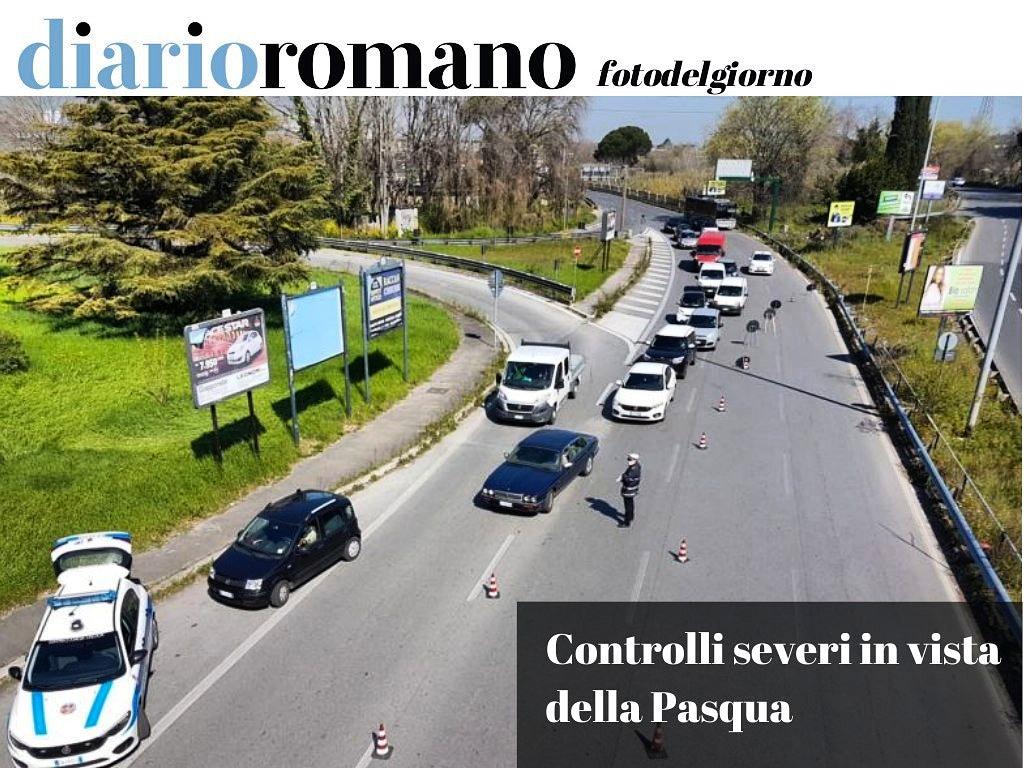 test Twitter Media - Sulle consolari si moltiplicano i posti di blocco per il rispetto delle misure anti coronavirus. Qui via Salaria direzione centro, controlli a tutte le auto in transito. . #Roma #foto #COVIDー19 #lockdown https://t.co/cIl91yOx72