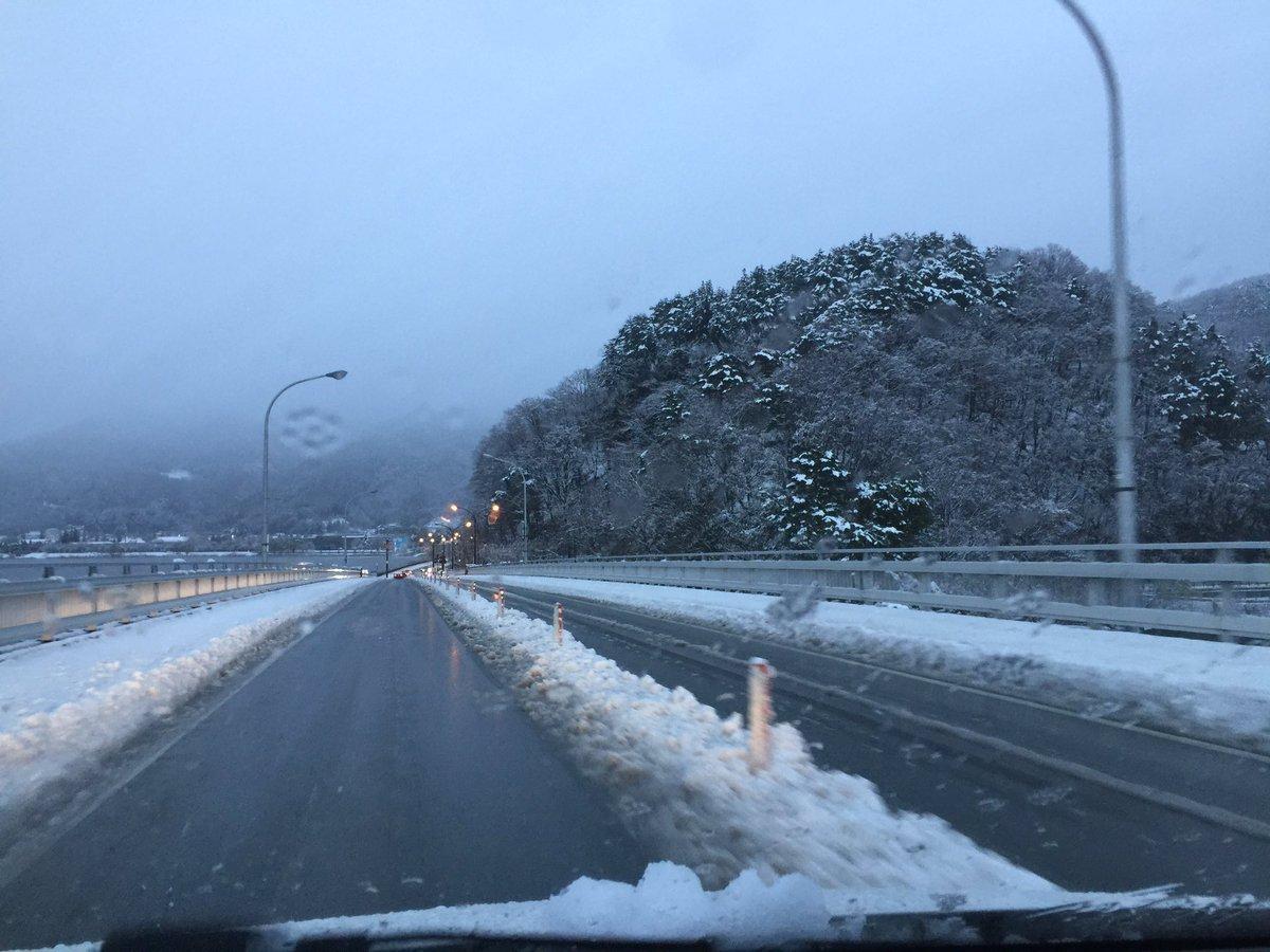 test ツイッターメディア - この雪が可視化したコロナウイルスだったらなんて思ったら悪寒が走った https://t.co/GsXZwzXJ2Z