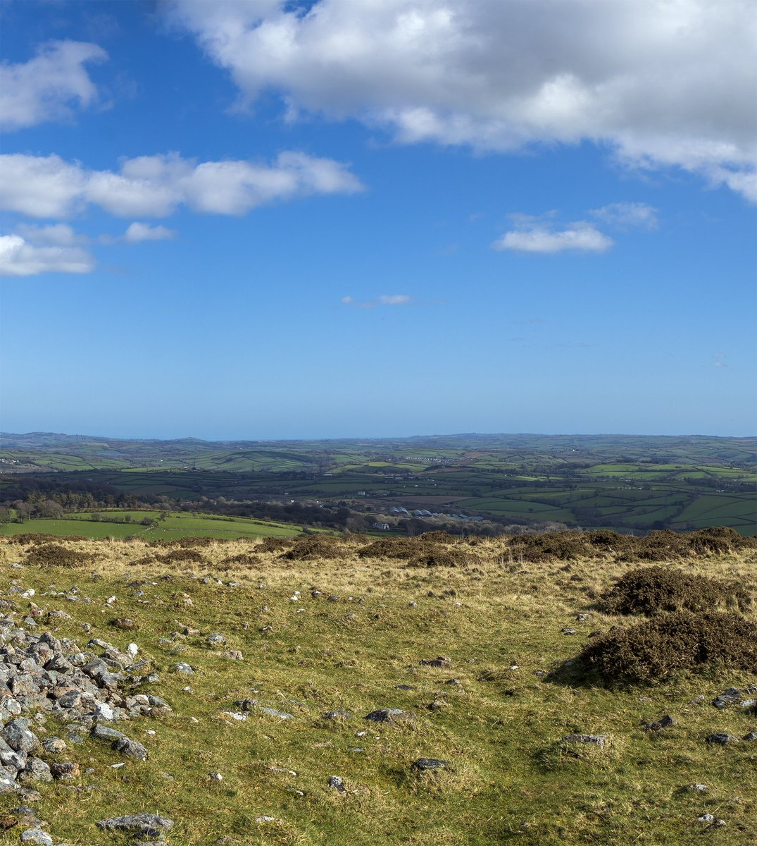 test Twitter Media - Panoramic view of Dartmoor and South Devon from the top of Western Beacon. At just over 1,000 feet high, you can see for miles on a clear day.  #Ivybridge #Plymouth #Devon #England #Dartmoor #Photography #Panorama #LandscapePhotography #OSMaps https://t.co/91gZczfYum