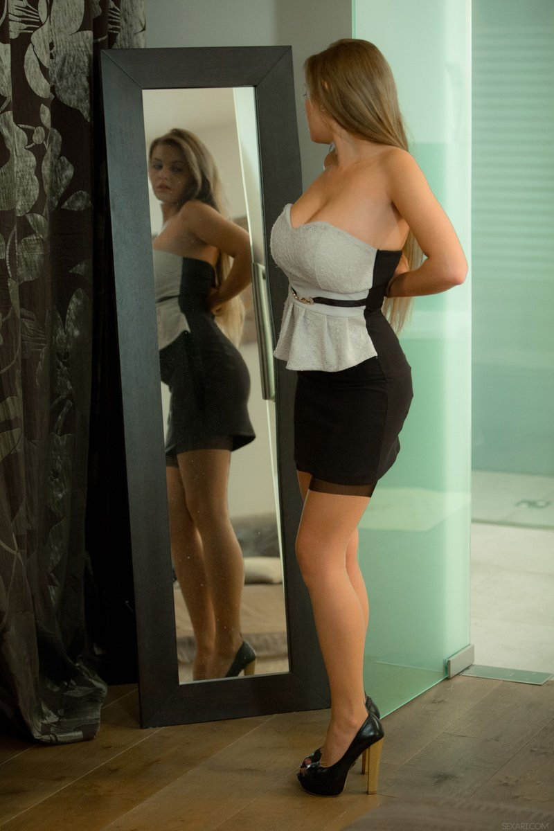 😈CANDY ALEXA😈 #boobs #tits #bigtits #bigboobs #bigboobgilrs #tetas #tetona @tittysearch @ratemytitties @loveboob99xxx @AdultModels2018 @77Wonderful @pinupglam @Bigtitbabes @UniqueSexyBabes @bigtitmafia @number_kuusysi @adultparody @listnude @Sexforsex14 @erotic_asmr @bb_boobs