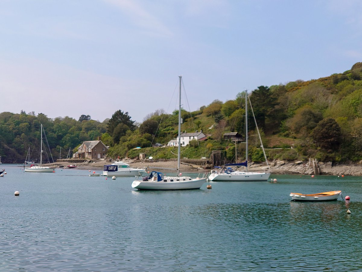 test Twitter Media - The Yealm Estuary, Newton Ferrers and Noss Mayo looking glorious in the April sun. So quiet and peaceful. The only sound was the waves, gently lapping the shore.  #WeKnowPlymouth #Photography https://t.co/BiwyOb9RVh