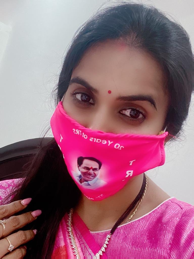 Today Here I am with my Perfect mask 😷on a perfect day👍 #Nothing can stop you when you are Strong with your Determination,live example set by our @TelanganaCMO #TRSFormationDay #20YearsOfTRS   #maskchallenge #WearAMask and follow   #PhysicalDistancing    #TelanganaFightsCorona