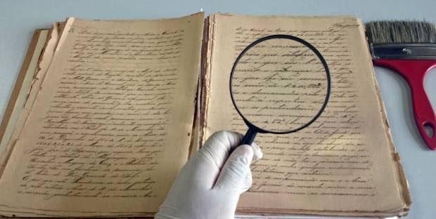 Absurdo! O governo Bolsonaro vetou todo o projeto de Lei do Senado 368/2009 que criava a profissão de historiador. A profissão de geógrafo foi criada em 1979; sociólogos surgiram em 1980 e os museólogos em 1984. Por que vetar o surgimento do historiador?