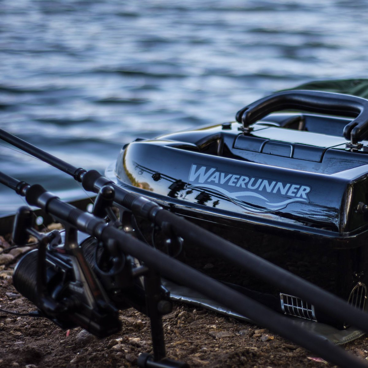 Are you fishing?  https://t.co/XBoI0vZYg1  #atom #<b>Shuttle</b> #sport #mk4 #waverunner #baitboat #