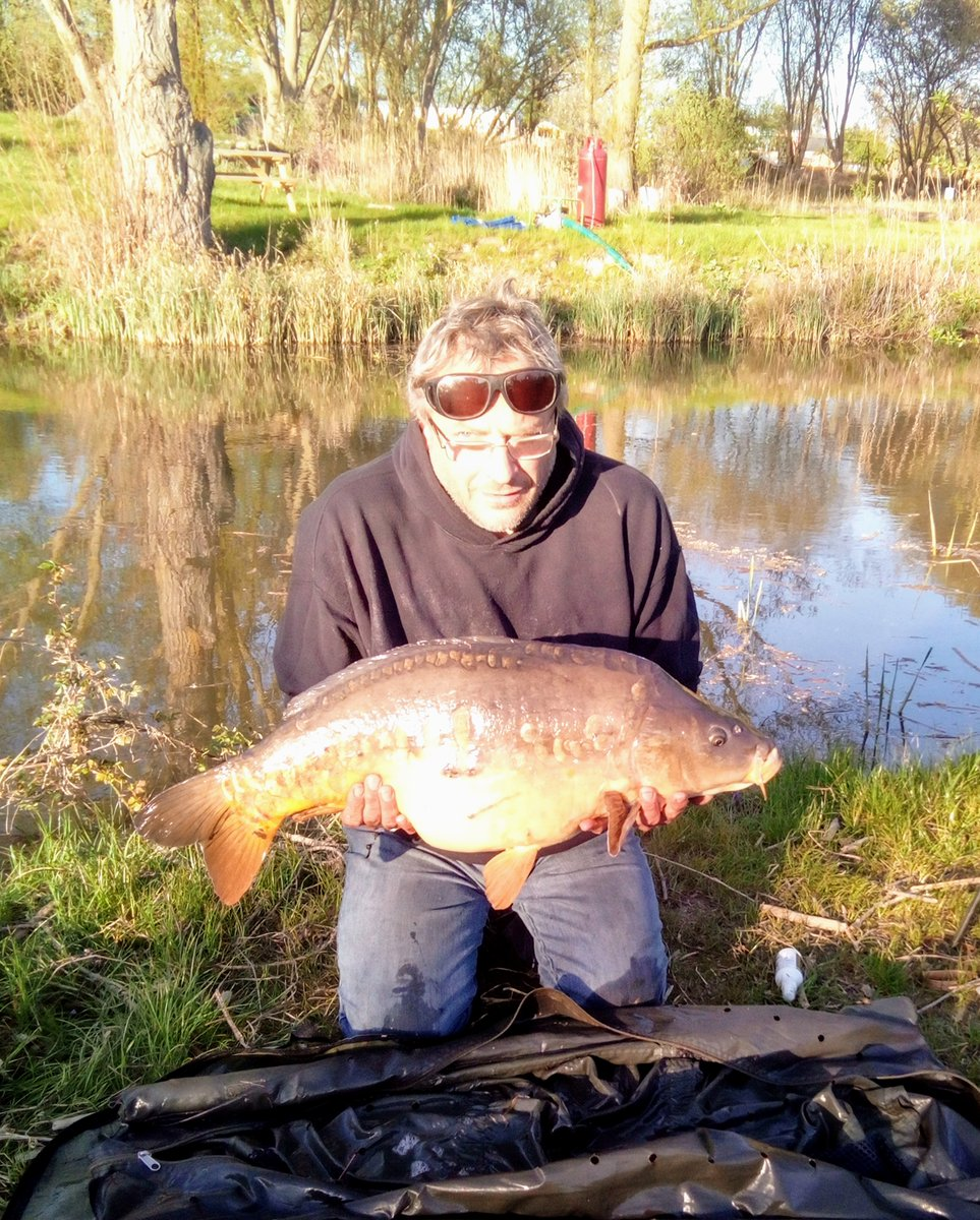 Being locked-down on a fishery has its compensationsu2026 #CarpFishing #holidays #Suffolk https://t.