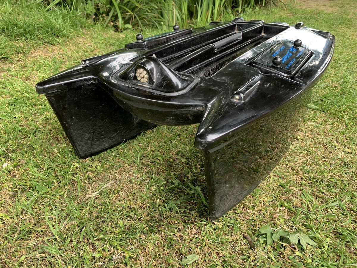 Ad - Angling Technics HD Bait Boat  On eBay here -->> https://t.co/JfDeRuTnp9  #carpfishing #<