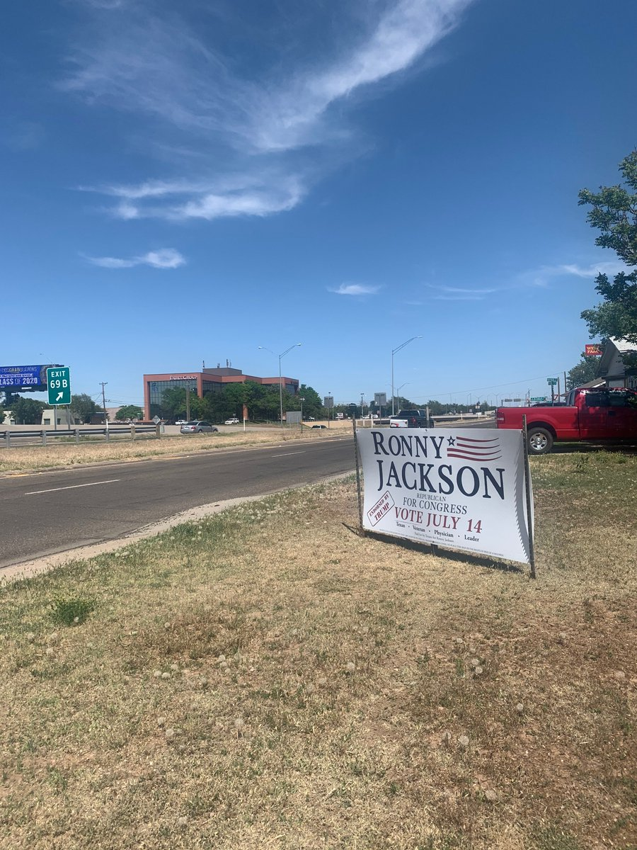 Shout out to @berkleyt99 for her PRIME sign placement skills! Thanks for all that you do! Amarillo is Ronny Jackson country! #TX13