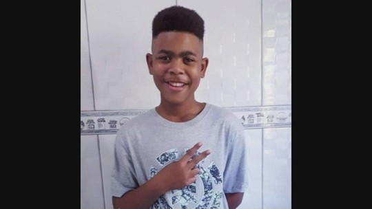 João Pedro mandou mensagem para mãe momentos antes de ser baleado: 'Estou dentro de casa. Calma'  #G1