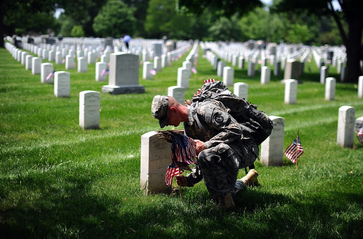 Today, we pause in solemn honor to the fallen service men and women who have made the ultimate sacrifice for their nation. #MemorialDay