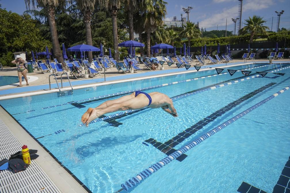 #Reabertura - Itália libera funcionamento de piscinas e academias em nova fase de desconfinamento  #G1