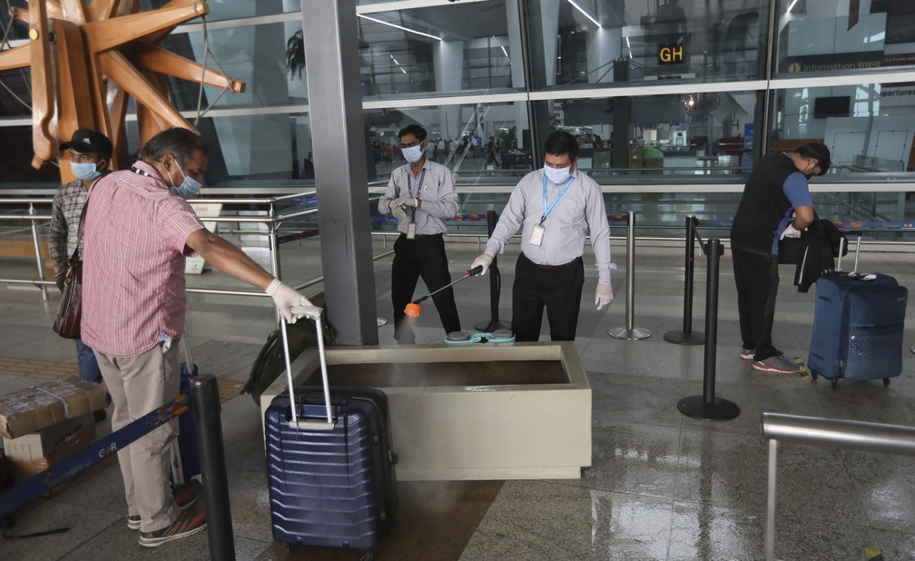 Índia autoriza voos domésticos após dois meses  #G1