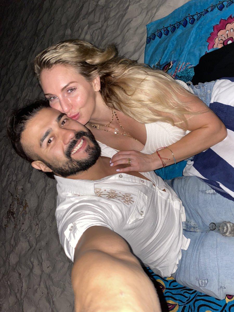 Good luck tonight Bae @AndradeCienWWE #Raw 👸🏼 🤴🏻 😍