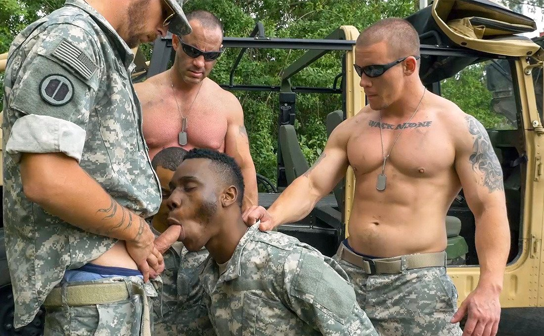 Serve and Protect Superior All-American White Men. 🍆🇺🇸🎖 #MemorialDay #MemorialDay2020 #MemorialDayWeekend #memorialdayweekend2020 #Military #militarymen #meninuniform #army #navy #airforce #marines #USAF #ArmedForces #AllAmerican #AmericanDream #WP #whiteprivilege #serve #obey