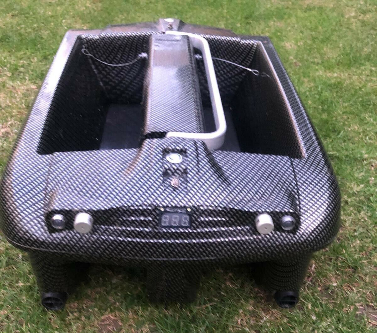 Ad - Carplounge RT4 Bait Boat On eBay here -->> https://t.co/bM27LDJofe  #carpfishing #<b>Bait