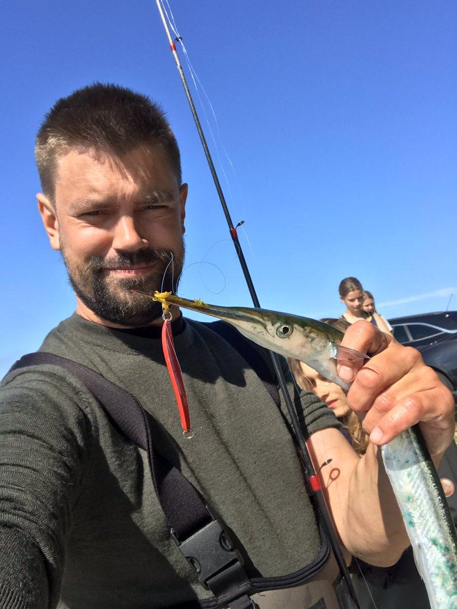 test Twitter Media - Coronaundervisning er lig med strandtur og hornfiske fangst. 7. Klasse er oppe på 4 Fisk og 17 rejer. Og ja, læreren har også fanget 🐟 #skolechat https://t.co/361jSid3Jx