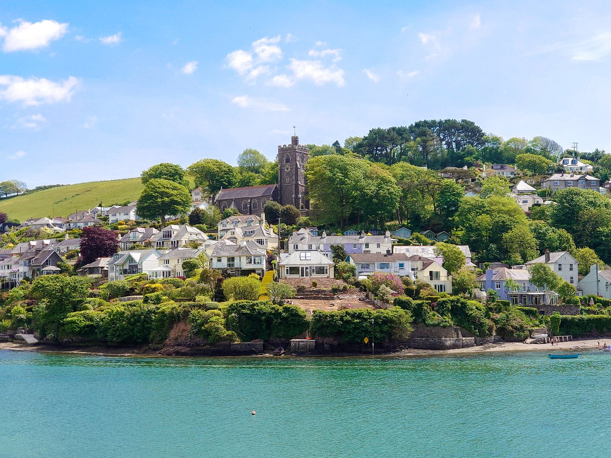 test Twitter Media - Newton Ferrers and Noss Mayo, separated by the Yealm Estuary, looking splendid in the May sunshine. The scenery is free... the house prices are a different story.  #Devon #Lockdown #LotteryWin https://t.co/KhMguRlmJC