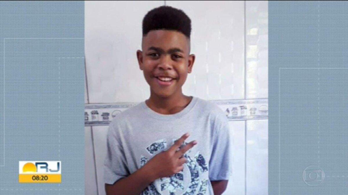 Menino de 14 anos morre durante operação das polícias Federal e Civil no Complexo do Salgueiro, no Rio  #G1