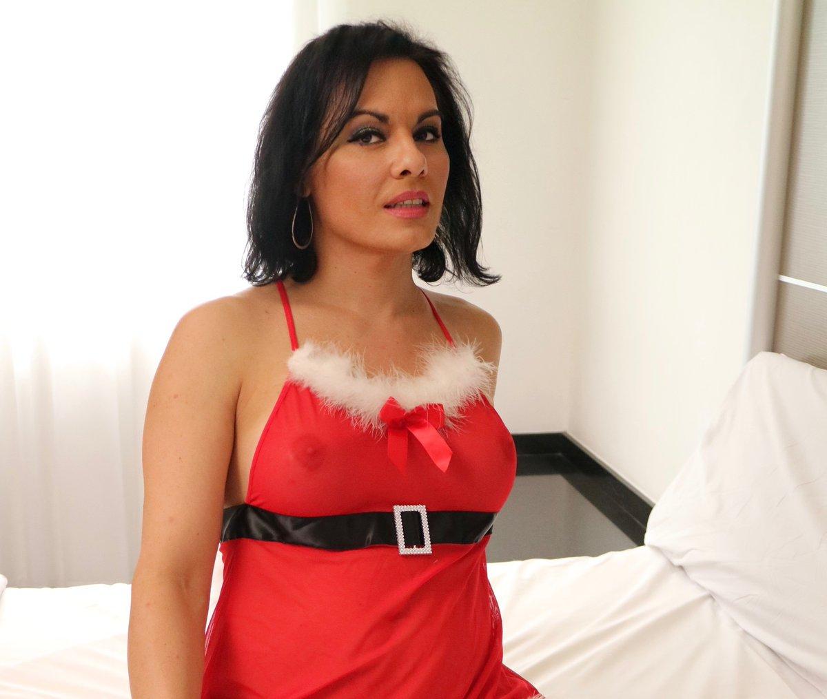 MonaVela VIP @monavelavip  Hi! I'm #MonaVela, porn #trans model and producer in México City. Details DM. ¡Hola! soy Mona Vela, modelo y productora Porno trans en CDMX, detalles por MD. RT & FOLLOW @monavelavip
