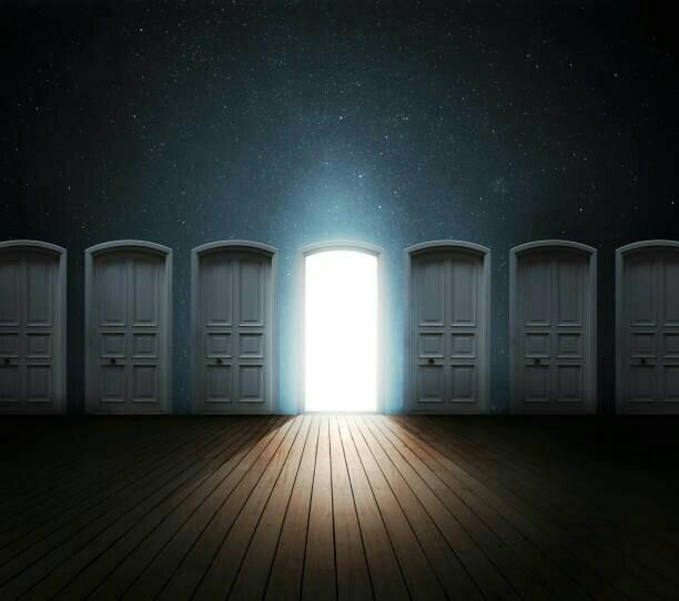 test ツイッターメディア - 💡発見('-'*)♪ ①左上 ②右上 ④左下 ③右下  画像添付最大4枚する時ってさ、左上を起点に時計回りで配置されるんだね🎵  🎋~明暗の扉🚪~        さ あ 開 き し     い ず れ の 扉🚪         選  ば  ん や       瞳  凝 ら せ よ        心  澄 ま せ よ  ~さすらいのTwitter歌人✨ルナΩ🌛 https://t.co/gljBYPW5dA