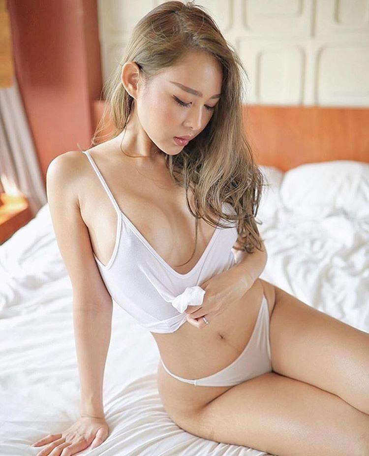😯😯😯 #female #female #hot #beautiful #asian #baddies #bad #importmodel #angel #asianangel #asianbeauty #asians #asianmodels #cuteasian #woman #stunning #body