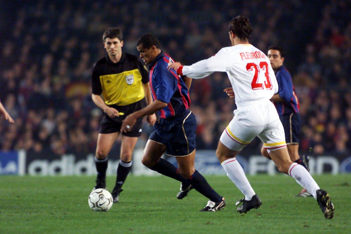 🇹🇷 Tarihte Barcelona'dan Camp Nou'da puan alan ilk ve tek Türk takımı @GalatasaraySK olmuştu. 🟡🔴🦁