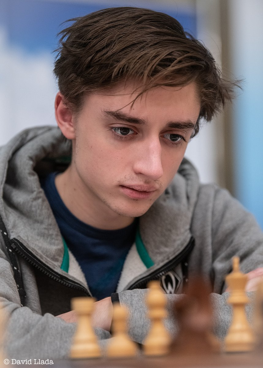 test Twitter Media - Daniil Dubov is the first finalist of #HeritageChess after beating Ding Liren in both mini-matches of the semifinal.   He will have two free days before the final starts on Monday. His opponent - be it Carlsen or Nakamura - will be decided tomorrow!   https://t.co/ZxxPfNN506 https://t.co/prmkc3sGFG