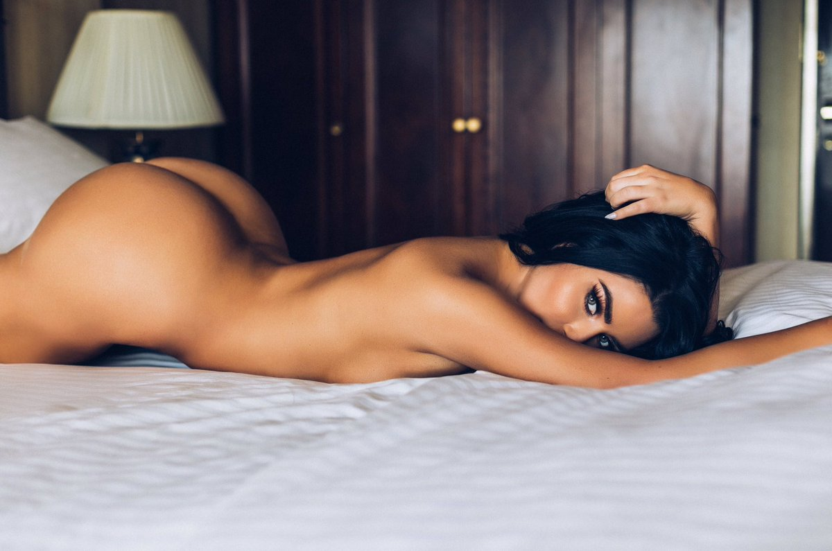 Abi hasn't noticed me in a long time😔 I hope she will soon💔 @AbiRatchford