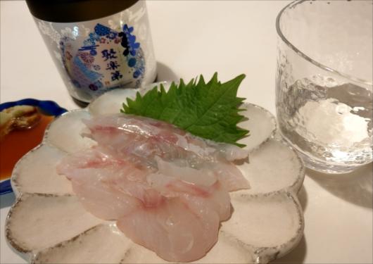test ツイッターメディア - 佐々木酒造の聚楽第 日本酒にはお刺身が必須。 (刺身はあこう鯛。むしろメイン) スーパーの八百一は結構お刺身美味しいよ♪ #京都 #日本酒 #佐々木酒造 #聚楽第 #京都移住 https://t.co/VelWvAQMod