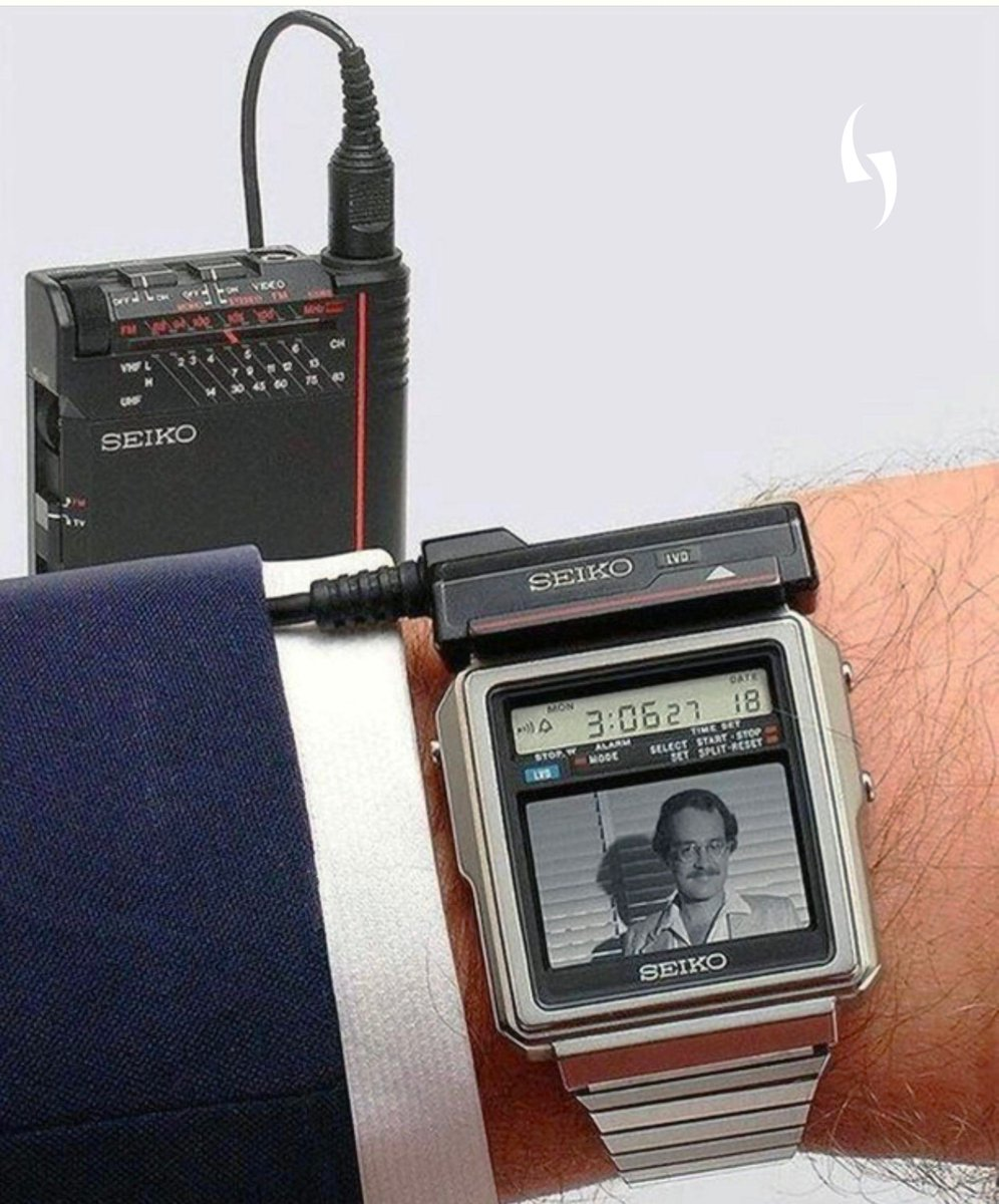 Seiko stunned many in 1982 with the world's first TV watch. 📺⌚  🤩 #FlashbackFriday #FBF @KeensDesign
