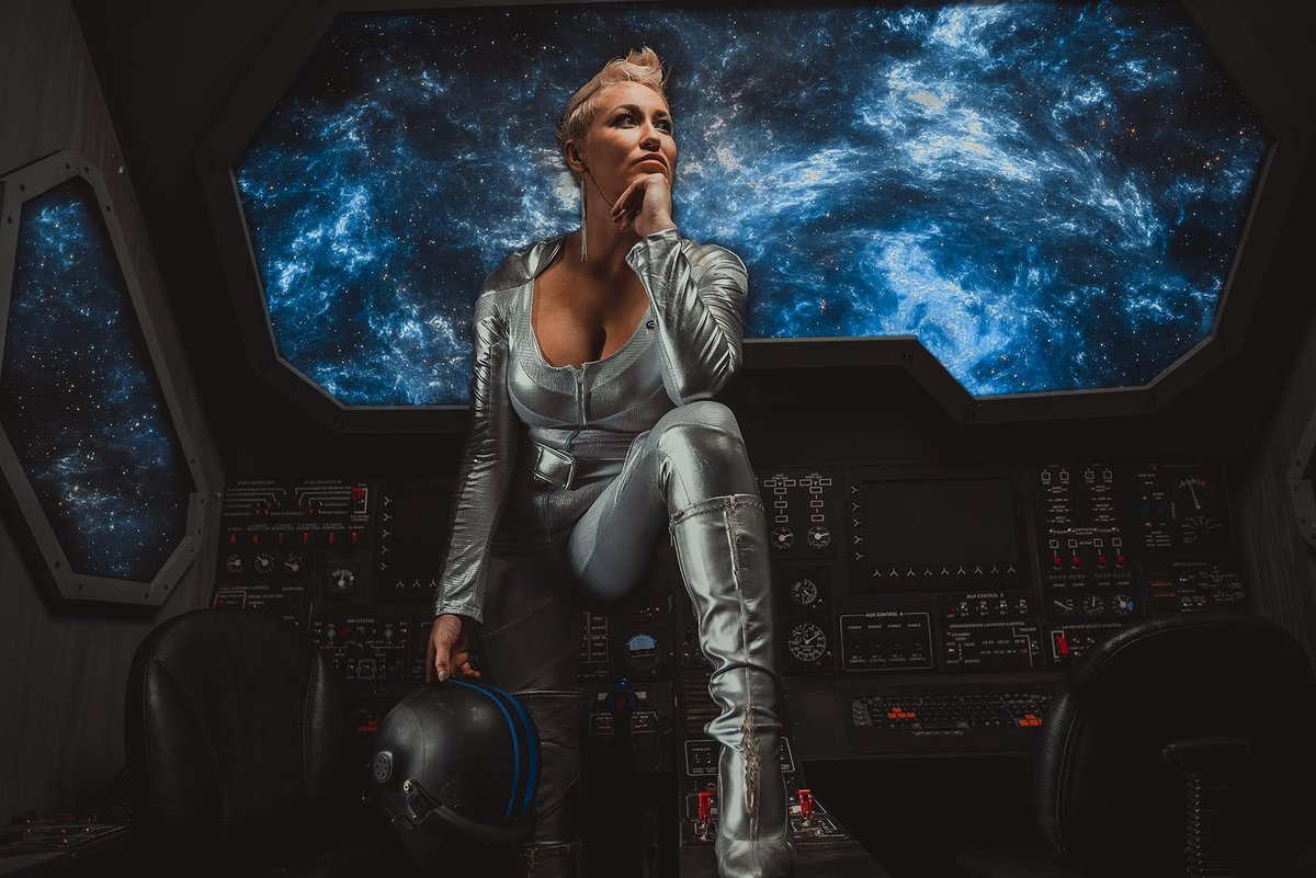 Aerosmith is on. Suiting up to launch. Who's ready to blow up an Astroid and save Earth? ~50 minutes until launch, I will be posting more photos and space puns 💙  Photo Credit @jtphoto