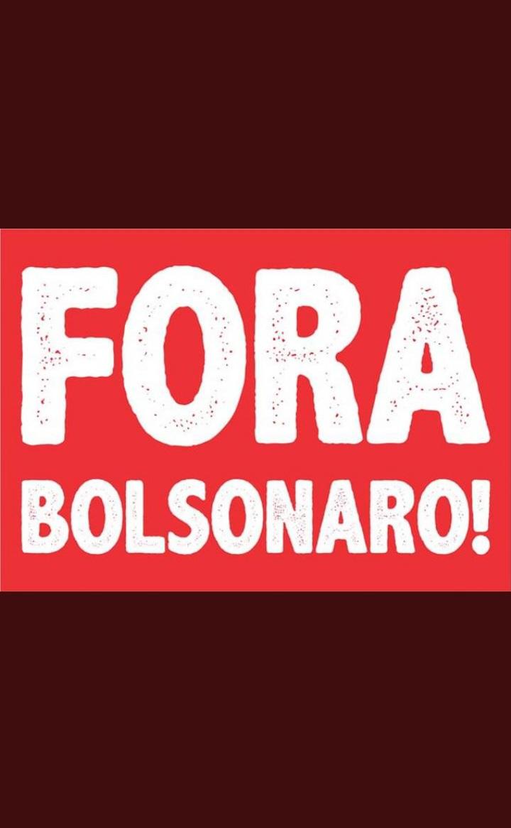@jairbolsonaro Iniciou a crise...  #ForaBolsonaro   #Somos70porcento   #somossetentaporcento