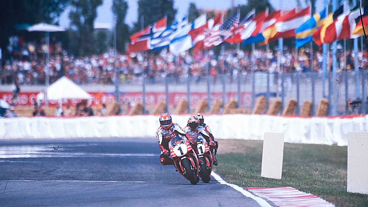 test Twitter Media - When the red mist came down, @carlfogarty was one of the hardest men to beat. His rivalries with Scott Russell, Aaron Slight, John Kocinski and Pierfrancesco Chili helped make some of the greatest sporting moments ever seen…    📃 FULL STORY | #WorldSBK https://t.co/radj5bYKVN https://t.co/JxrDuXGf0z
