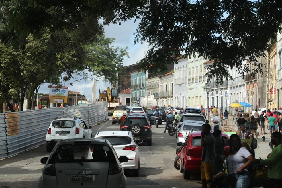 São Luís tem engarrafamentos e ruas cheias na reabertura de parte do serviço não essencial  #G1