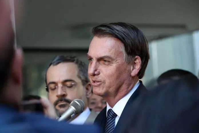 Bolsonaro negocia com PP e PL, do Centrão, com nomeações de cargos
