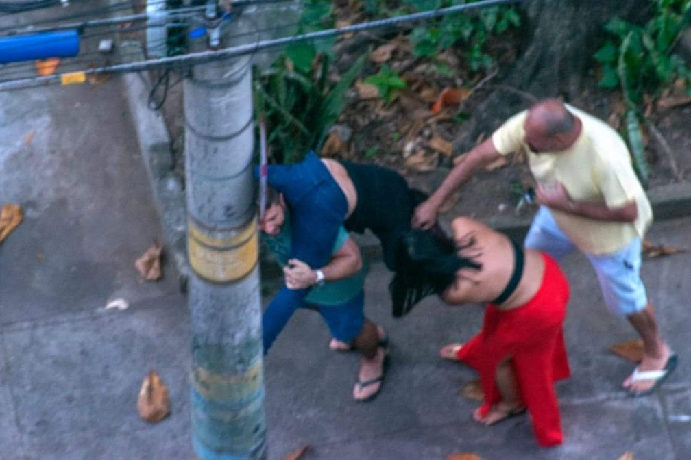 Imagens mostram envolvidos em confusão com médica que relatou ser espancada no Rio   #G1