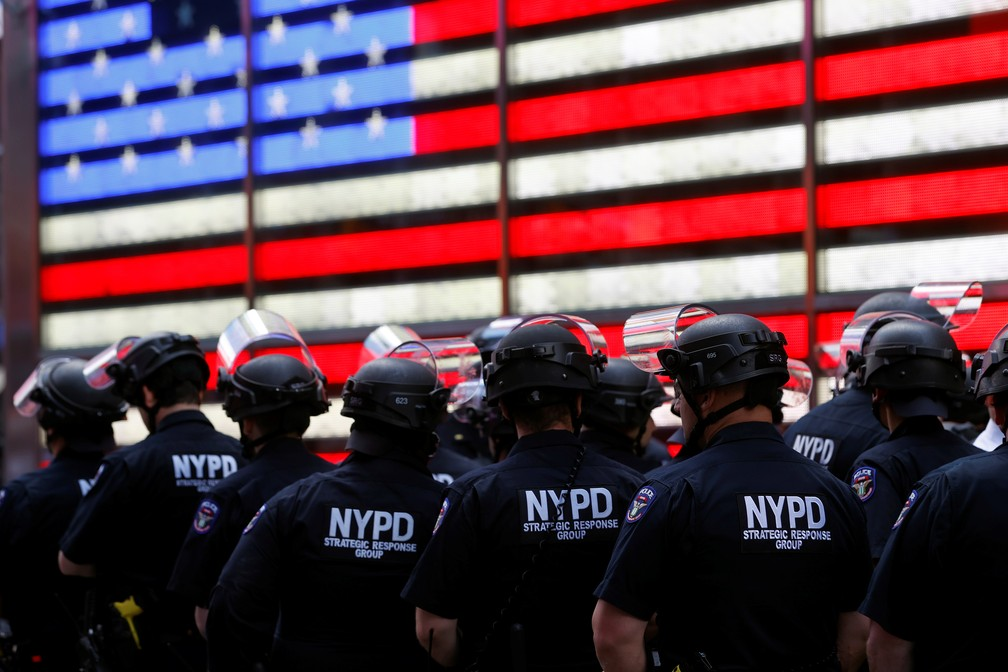 #NovaYork terá toque de recolher; outras grandes cidades dos EUA também decretaram a medida  #G1
