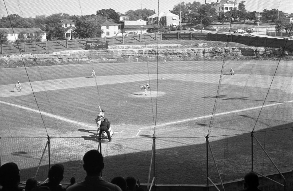 Clark Field (1928-1974) at the University of Texas, in Austin,  had a in-play limestone cliff in center field. https://t.co/4f5lPMAfrP