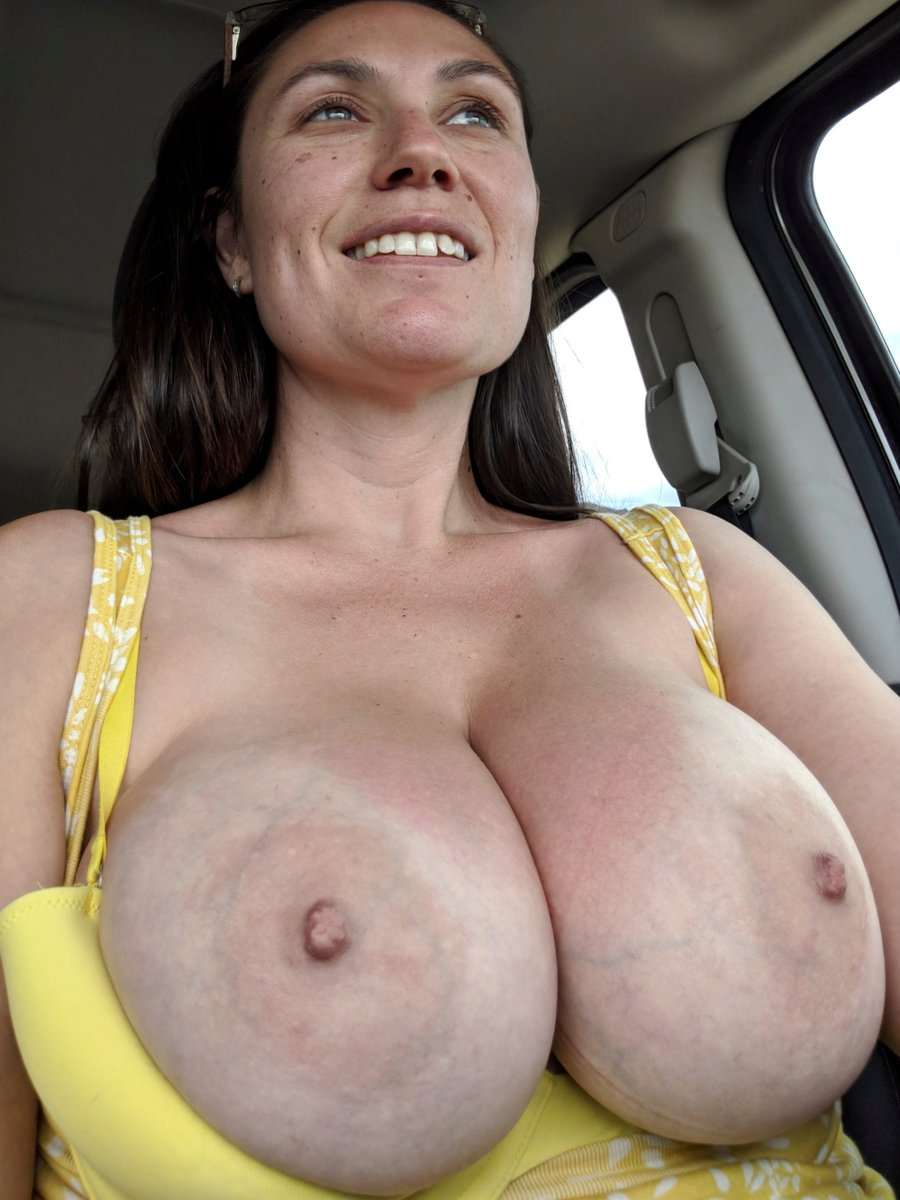 I think yellows my color... What about you? 😜 #milf #dd #amateur #model #bush #allnatural #bigtits