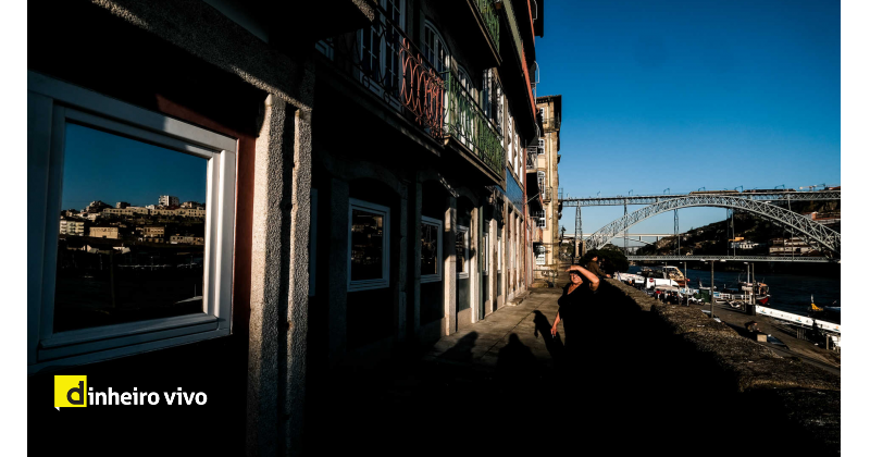 test Twitter Media - Um terço das startups do Porto está em risco de fechar https://t.co/RIqrXixwuG https://t.co/6PImLE5NHh