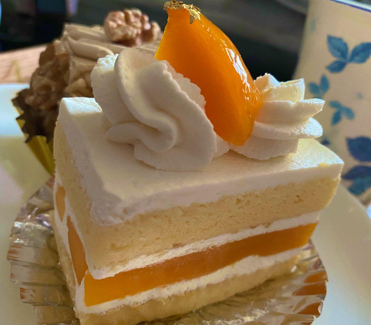 test ツイッターメディア - 銀座ウエストのマンゴーショートケーキagain 🥭🥭 さらに本気出してきた感ある 見てこの断面‼️🥺✨ https://t.co/y1BwyHwg0j