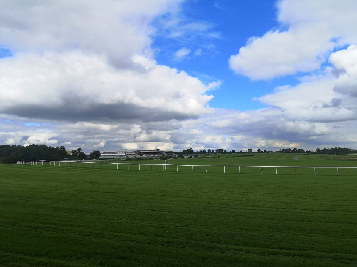 test Twitter Media - We're back @punchestownrace under a blue sky today - watch it all on @RacingTV https://t.co/rPnmrdN2s5