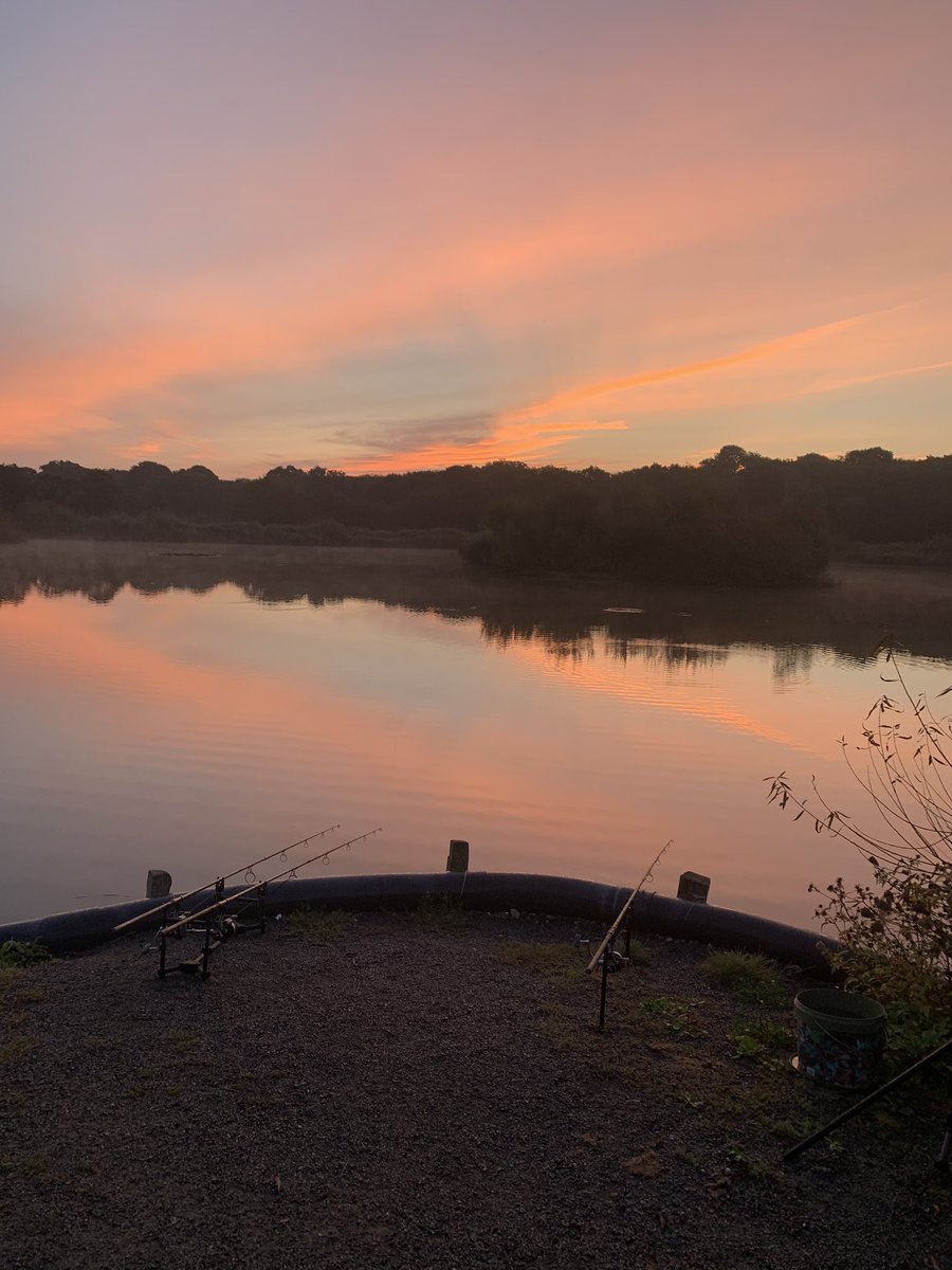Not all about catching fish when you wake up to this, #beautiful #sky<b>Line</b> #carpfishing https: