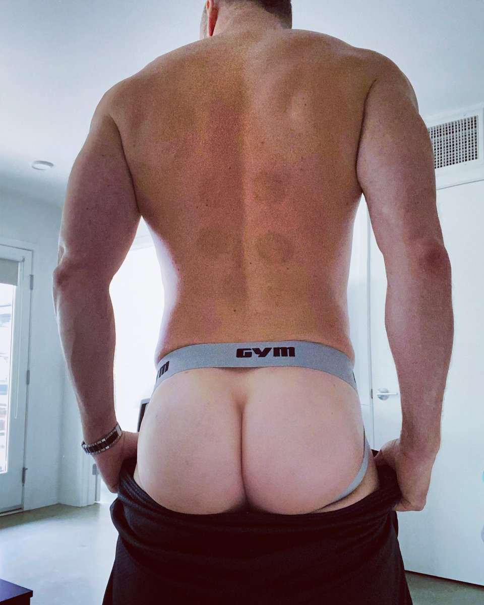 After a few weeks (months) away from the gym, it's time to get back at it!  Happy #jockstrapfriday #jockstrap #fitness #quarantinelife #covid