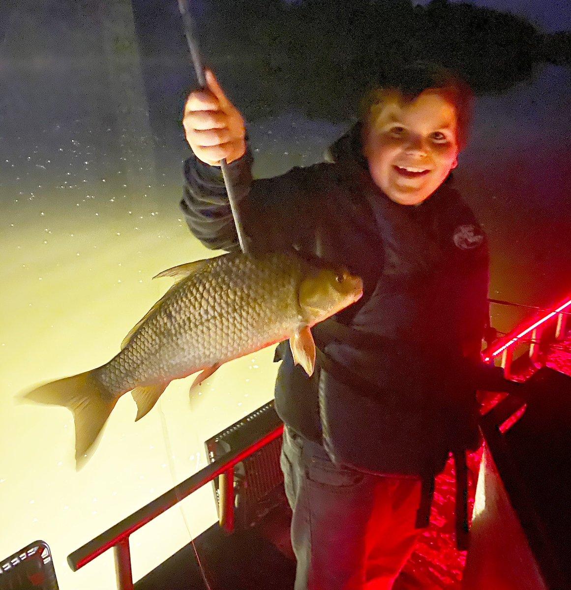 His smile says it all!!!!🏹🏹🎣 #kidsfishing #bowfishing #carpfishing #nightfishing #onthe<b>W