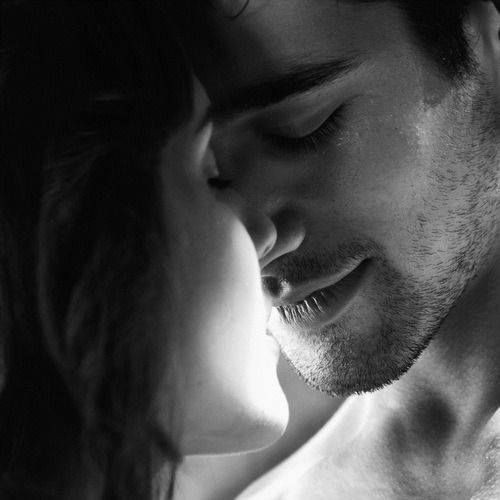 Passion's haze of ambrosia kisses evokes his vulnerability  Magical maze his imagined feelings evolve into reality  Gentle gaze of naked emotions dispel dark fragility  Dazzling daze of yesterday's smile holds hopes of eternity  ~ bedtime stories  #penpixels #moonmystic #zenverse https://t.co/2vzT2309G3