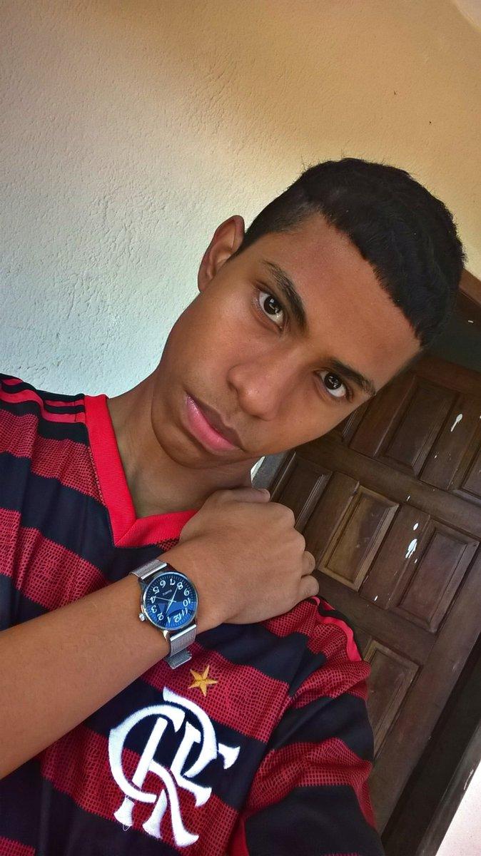 Saudades q eu tava de ver meu @Flamengo jogando ❤🖤